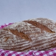 Chléb s ořechy